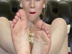 Michelle Moist Sexy Little Bare Feet JOI