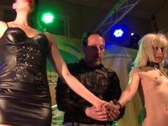 Mago Pepe Show, Mistress Minerva y Nora Barcelona en Salón Erótico de Murci