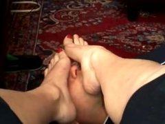 Milf Feet Worship