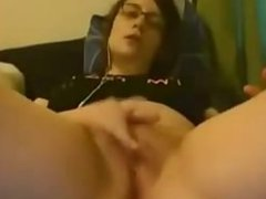 Amateur Teen With Glasses Playing With Her Clitoris