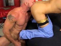 Muscled hunks like Casey Williams love to get some act with a
