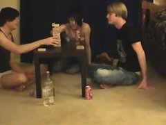 Twinks XXX This is a lengthy video for you voyeur types who like the idea