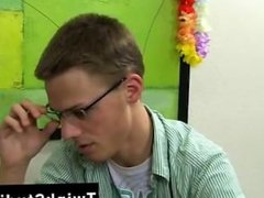 Hot twink Taylor Lee and Jae Landen are two college aged twinks. Taylor