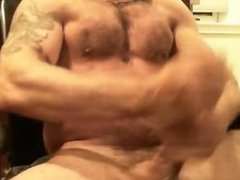 guy jerking off (webcam) with a huge cumshot