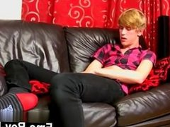 Gay movie 18 yr old Austin Ellis is a delicious gay fellow from