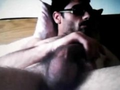 STRAIGHT ITALIAN DUDE SHOWS HIS HARD COCK ON CAM