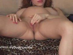 Pregnant and mature Iviola rubs her wet pussy.