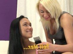 Teen girlfriends shower each other in pee