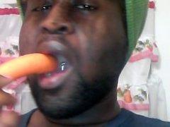 Deep throat a carrot like a dick