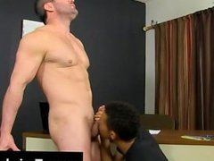 Gay fuck Robbie Anthony knows how to switch that unreasonable F into