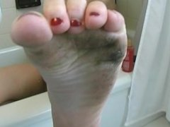 Madeline dirty feet pov in the bathroom
