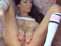 busty brunette webcam girl pussy play