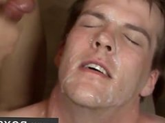 Nude men Watch laid back Avery get serioulsy laid on his back as he's