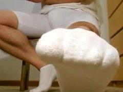 Guttermonk-Team Mate lets buddy Worship Feet in Locker Room