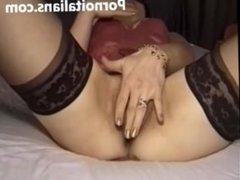 Mamma troia italiana scopata mentre si masturba - Italian mom slut fucked
