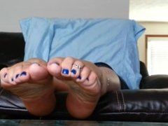 blue toes n soft sexy soles