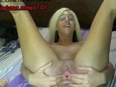 blonde fucking her heels showing her feet masturbating Webcams