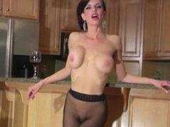 Veronica Avluv in pantyhose