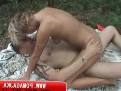Polish sex on nature www.pomagajka.pl