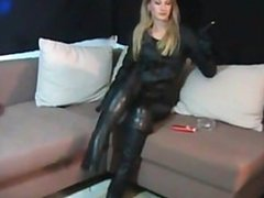 lisa smokes more120 in leather