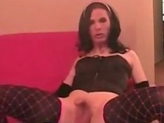Shemale Sucking Her Own Cock