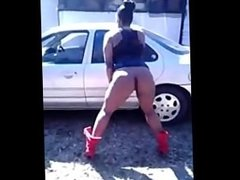 Ratchet: Ghetto Bitches Twerking (Well, at least trying)