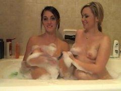 Girl Girl Buble Bath
