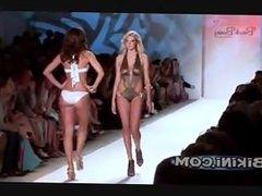 Kate Upton Walking in a bikini