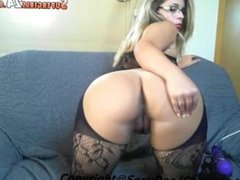 great lavelle in live cam chats do superb to linn with throat c