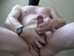 cumshot in front of my webcam