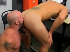 Amazing twinks The man share their oral skills with Casey analingus that