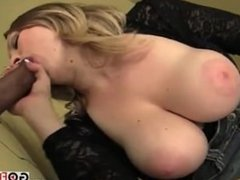 Huge Naturals On Vicki Vixen Sucking In Hd Glory Hole