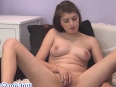 Pretty girl live masturbation show livecam
