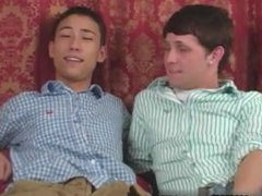Gay XXX Jace and Troy kiss, munch and suck every smooth inch of each