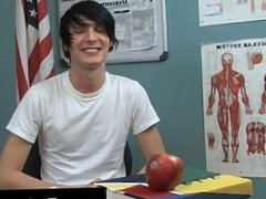 Twink movie of Aidan Chase has an infectious personality and a great