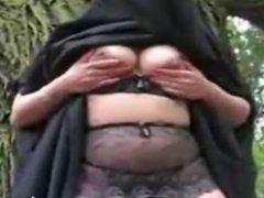 Muslim Outdoor Streaptise