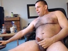 MUSCLE DILDOS HUGE HAIRY ASS