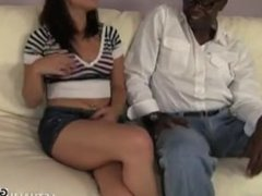 Sean Michaels Stretches Khloe Kush's Pussy