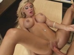 Sex lover Lola Fox gets slammed and receives a sticky load of cum