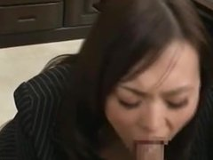 Hot Office Lady Giving Blowjob For Her Boss Cum To Mouth Splitting Semen To