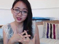 Busty teen camgirl Harriet Sugarcookie vlog