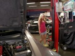 Car mechanic fucks sexy, horny babes