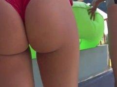 Juicy ass in a bikini