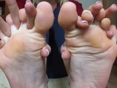Big feet with long, smelly toes
