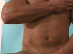 muscle stud Sean