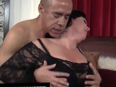 Heavy hoochie Alexis Couture pleases this guy's cock