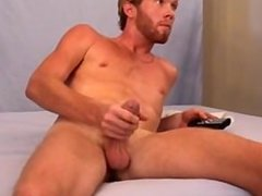 Str8 bearded hunk jerk off