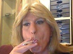 shemale smokes a eve120