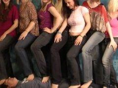 7 Girls trample