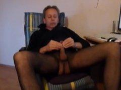 13-11-29HD pornhub splitternackt nackt naked nylons wichsen webcam public